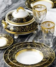 Royal crown derby regency black 1 os 5s el