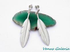 Kolczyki srebrne Białe pióra