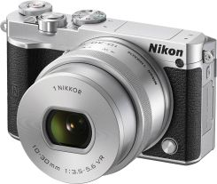 Nikon 1 J5 + 10-30mm VR PD-Zoom Srebrny